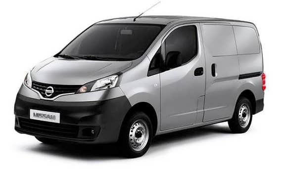2015-Nissan-NV200-front-view